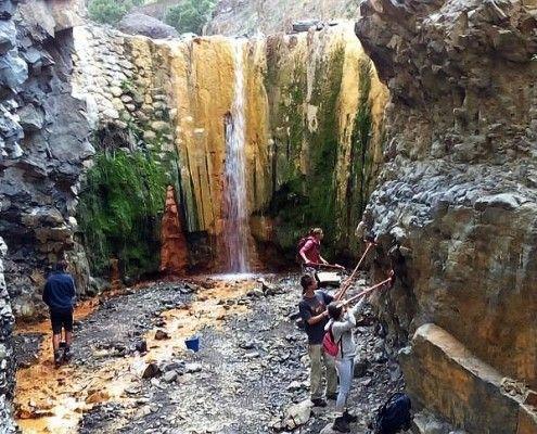 gekleurde-waterval-lapalma
