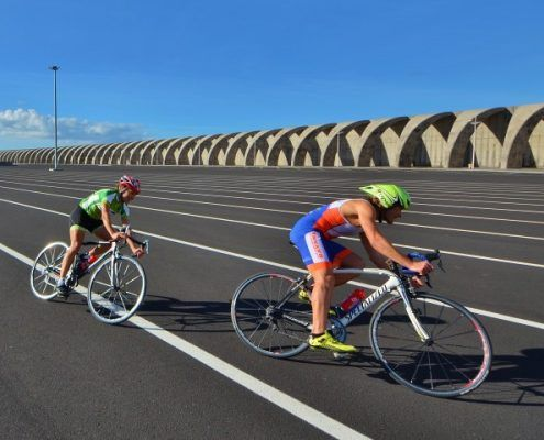 fietsers asfalt